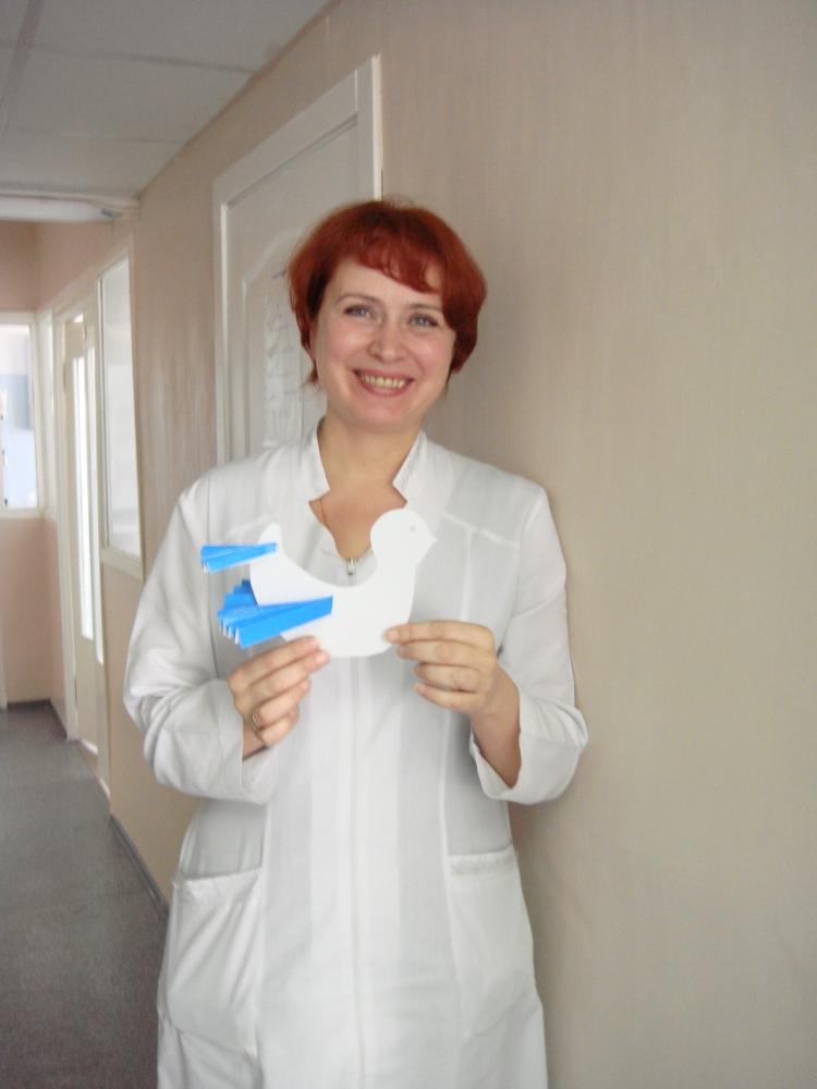 У меня из-за сильных приливов молока температура поднялась, а врачи мне давай колоть, кололи даже тогда, когда на узи подтвердили, что матка чистая.